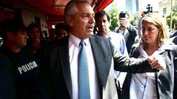 fernandez dijo que sera un orgullo recibir a evo morales como refugiado en argentina