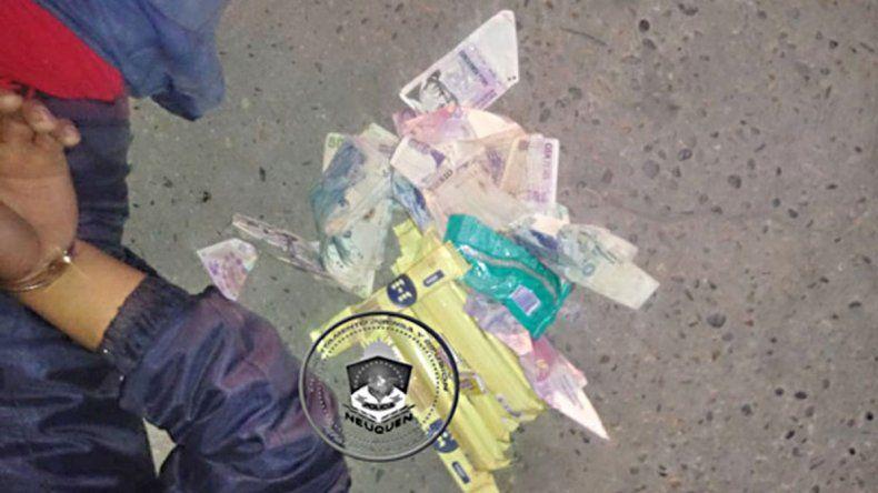 Cayeron tras robar $5 mil y golosinas a una estación de servicio