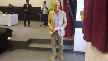 leandro bertoya recibio su diploma como intendente electo