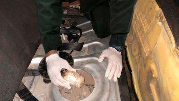villa la angostura: tenian droga escondida en el tanque de nafta