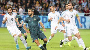 argentina lo empato en el final en un partidazo ante uruguay en israel