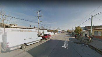 oeste: ladrones armados, entraron a robar a andreani y golpearon a dos empleados
