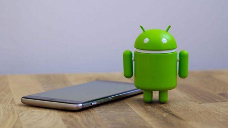 Atención usuarios de Android: una falla permite espiar a través de la cámara el celular