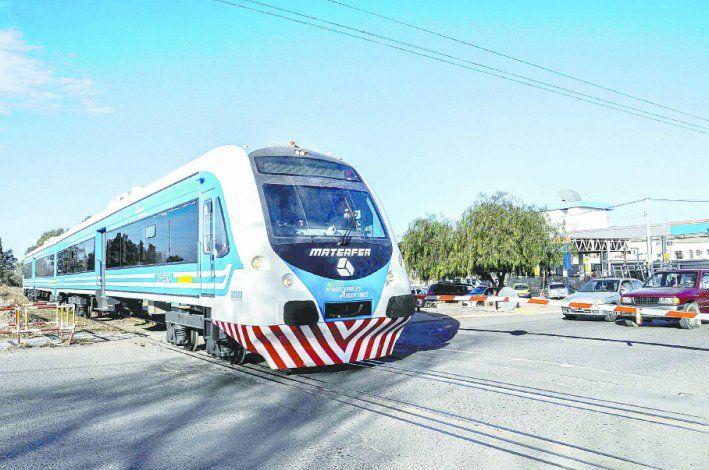 El Tren del Valle es una vía de transporte muy usada por los neuquinos.
