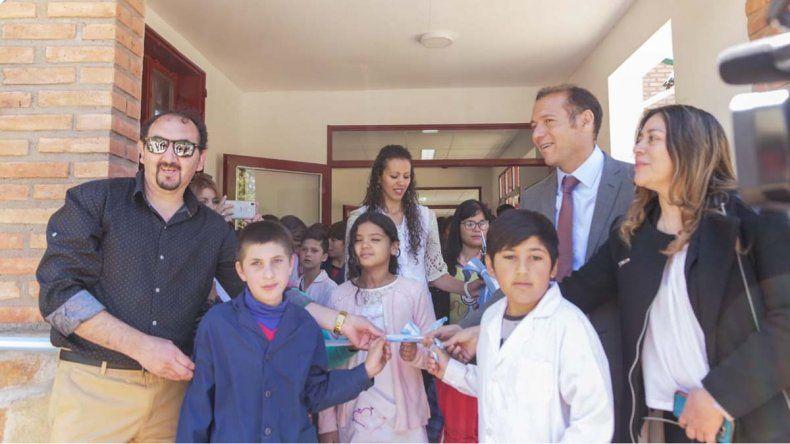 Gutiérrez inauguró obras en los festejos del aniversario de Manzano Amargo