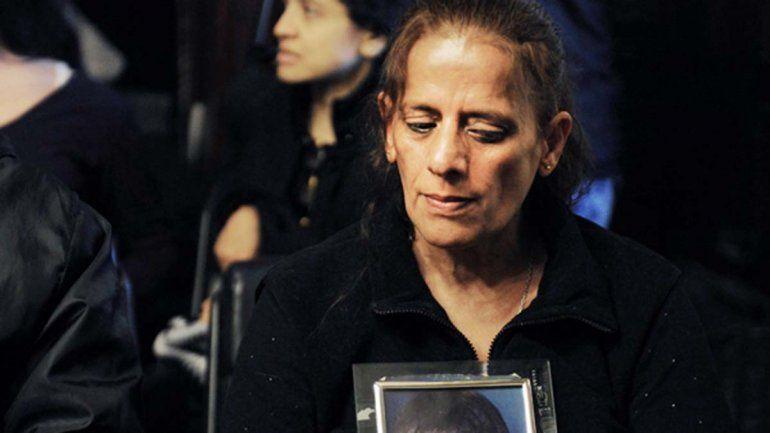Apareció la mujer que se camufló entre drogadictos para dar con el asesino de su hijo