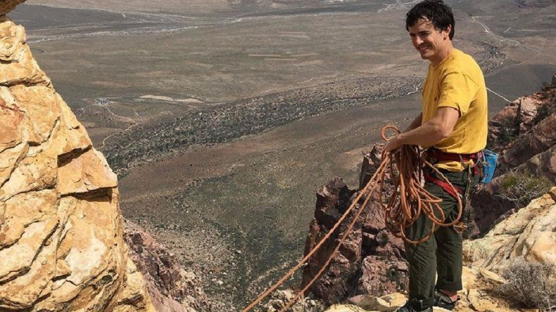 Un prestigioso alpinista murió tras caer al vacío
