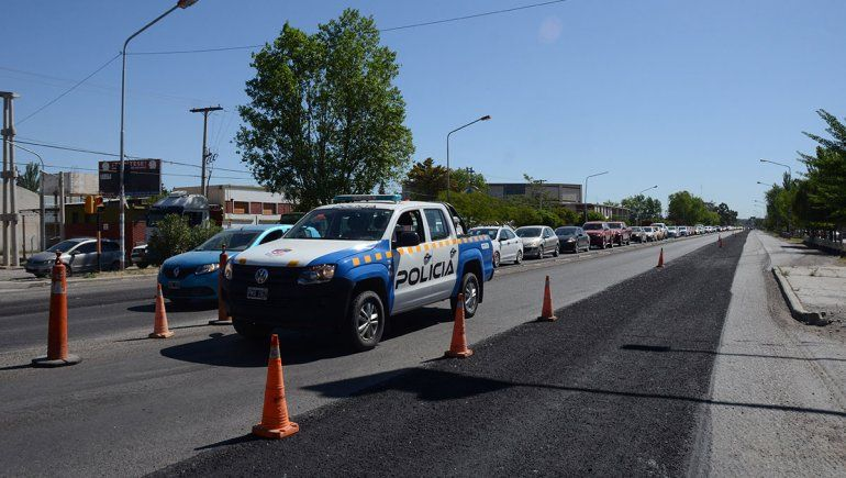 Esperan terminar en enero el nuevo asfalto de Ruta 22
