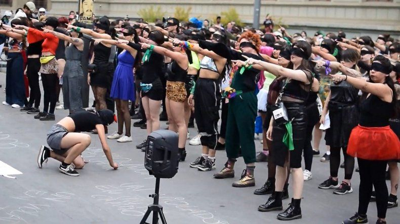 El violador eres tú, la performance que nació en Chile y ahora se replica en todo el mundo