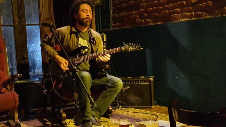 Rodrigo Zapata presenta La Cueva de los Espejos