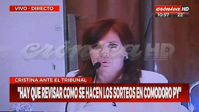 CFK negó haber cometido delito en el manejo de la obra pública