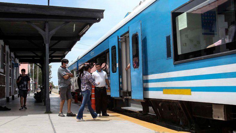 Con las nuevas paradas, el tren duplicará sus pasajeros