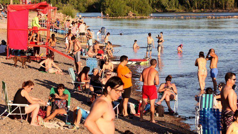 El primer día de la temporada hubo 2 rescates en el río