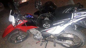 motociclista borracho y sin licencia agredio a policias en un control