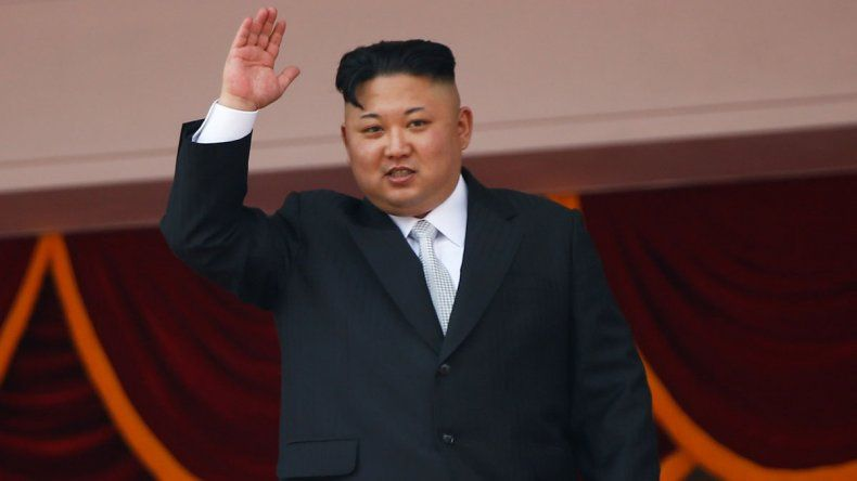Corea del Norte dice que regalará misiles en Navidad