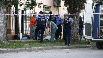 cordoba: lo asesinaron de un tiro en la puerta de un colegio