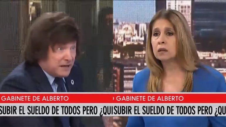 Javier Milei, más violento en la TV: Dame mi iPad, quiero humillarla públicamente