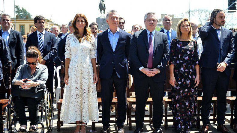 Macri y Fernández compartieron una histórica misa en Luján