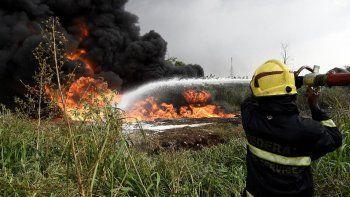 desastre: pastor confundio nafta con agua bendita