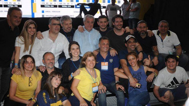 Macri y Tinelli felicitaron a la electa comisión de Boca