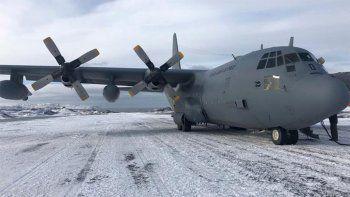 chile: desaparecio un avion militar con 38 personas