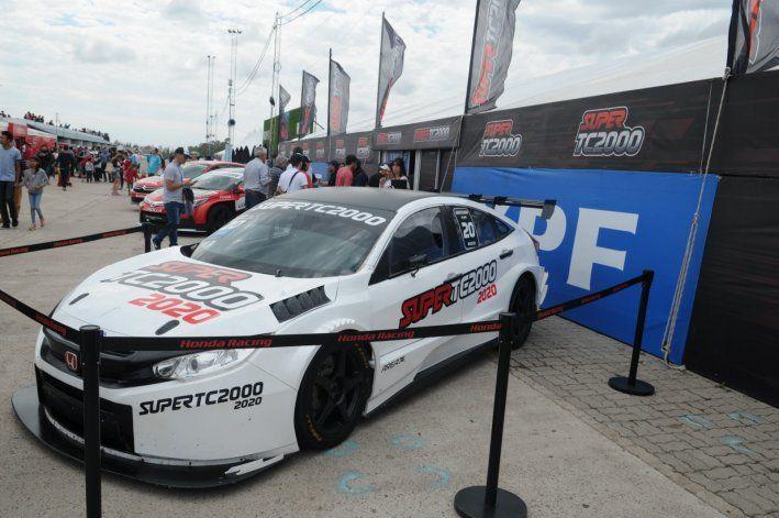 El auto 2020 del Súper TC2000 girará en Centenario