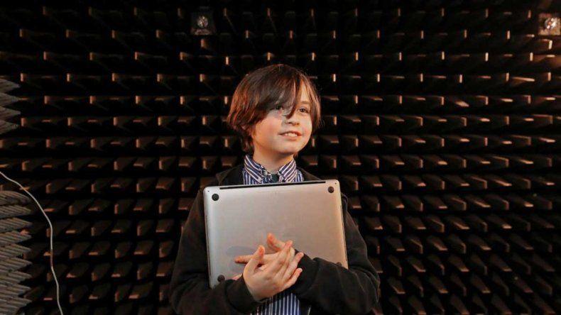 El niño genio de 9 años que no pudo graduarse