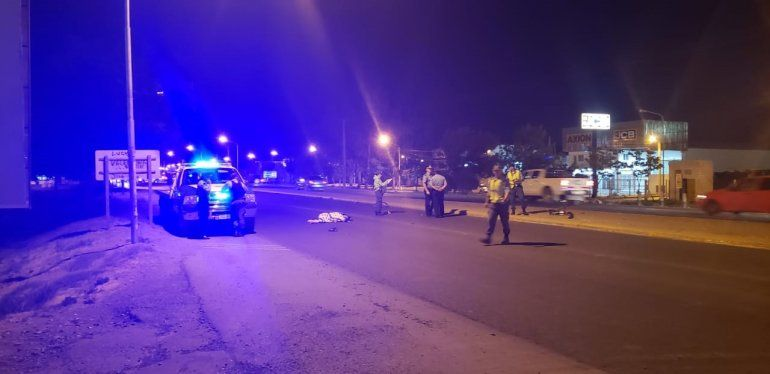 Ciclista murió sobre la Ruta 22 al ser embestido por un auto