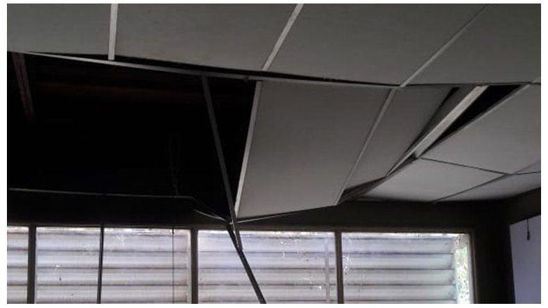 Susto: un tanque de agua cayó dentro de un aula en el IFD