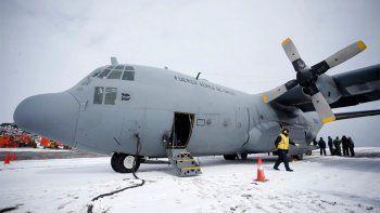 hallan restos humanos y del avion chileno: descartan encontrar sobrevivientes