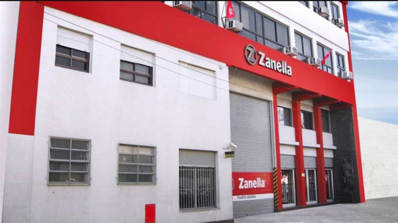 Zanella está al borde del cierre: remata cascos, vehículos y sus últimas motos