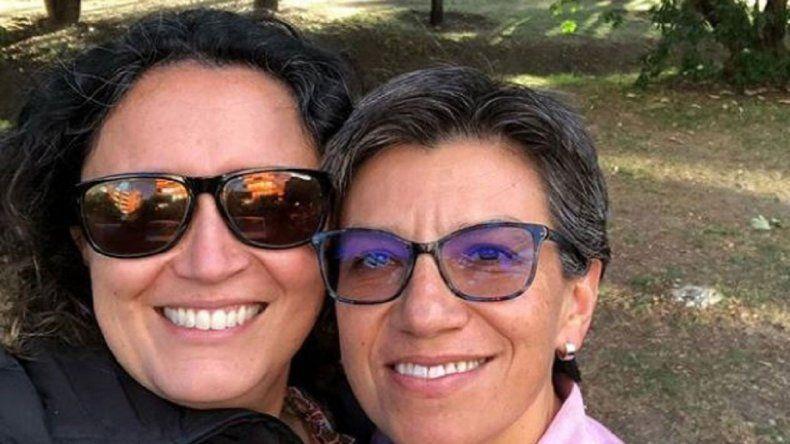 Amor político: se casa alcaldesa con una senadora