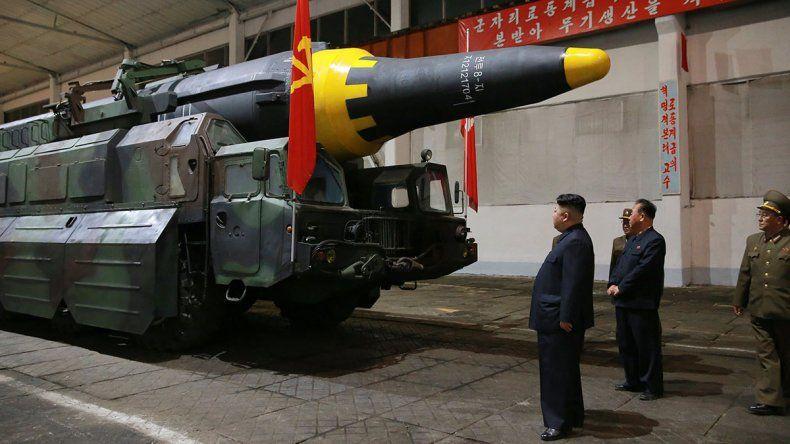 Corea del Norte prueba más misiles y amenaza a EE.UU.