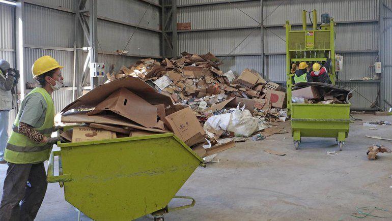 El reciclaje en el CAN quedó en manos de Las Emprendedoras
