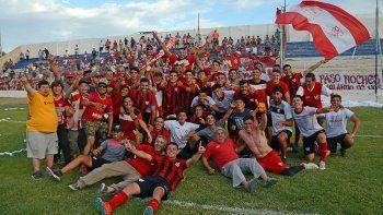 el rojo grito campeon: asi fue la apasionante definicion de la final