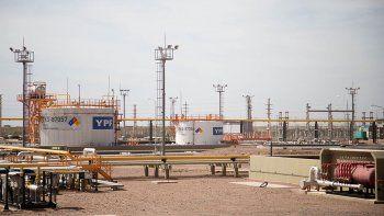 el crudo neuquino sostiene la actividad de las refinerias