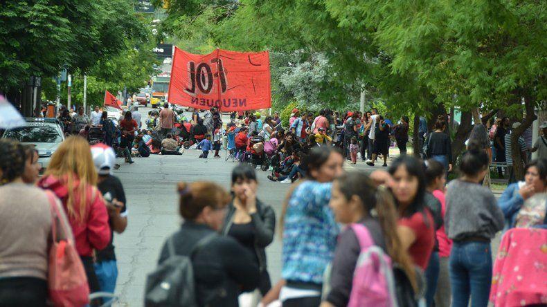 El centro fue un caos: organizaciones cortaron distintos cruces de Avenida Argentina