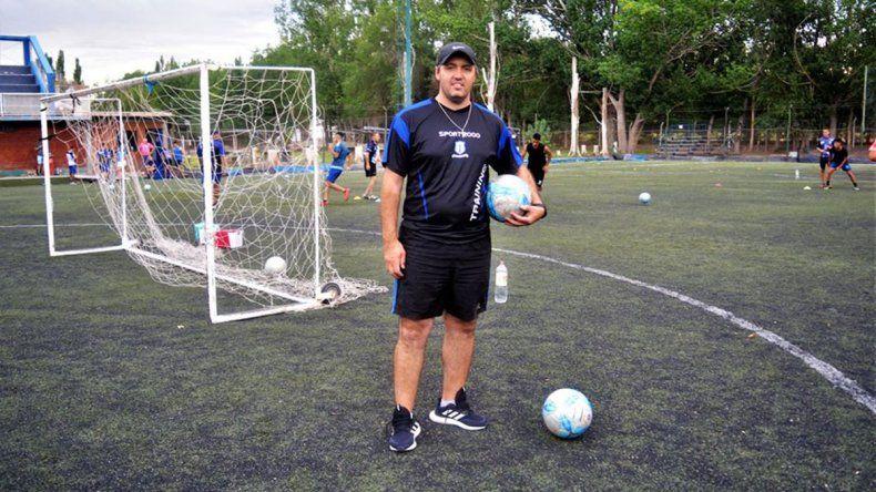 Emiliano Ortiz, nuevo técnico del Deportivo Rincón