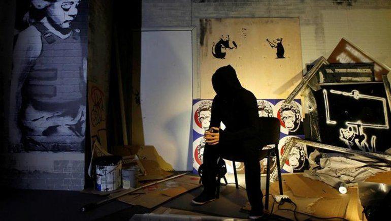 Banksy, el artista que nadie conoce y vende obras por millones de dólares