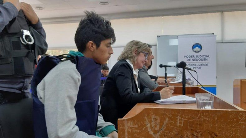 Espinoza fue acusado de homicidio triplemente calificado y ordenan la preventiva por seis meses