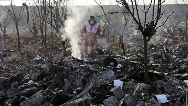 El avión ucrania fue derribado por dos misiles iraníes