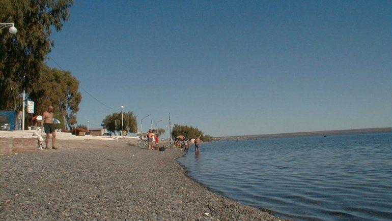 Rescataron a seis navegantes varados en el lago Pellegrini