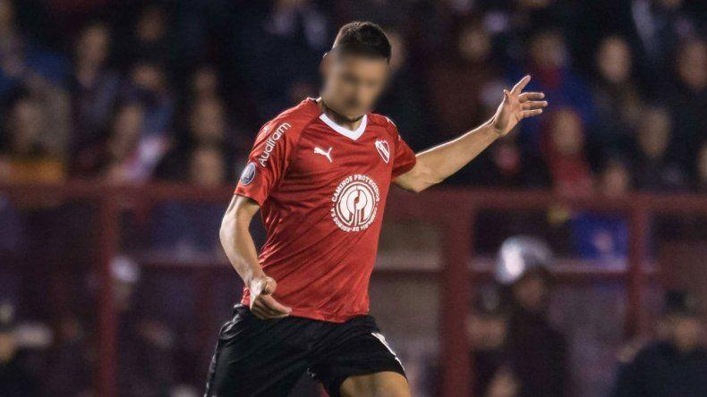 El defensor que vuelve a la Superliga tras superar un problema cardíaco