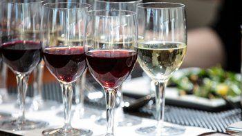 red & white blend: la nueva moda en materia de vinos