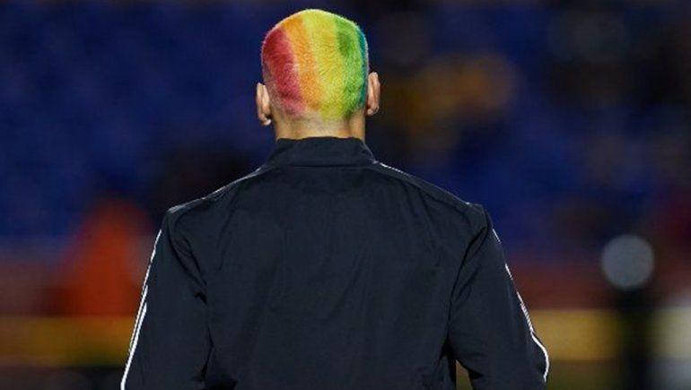 Qué arquero argentino se tiñó el pelo en apoyo al movimiento LGBTIQ+