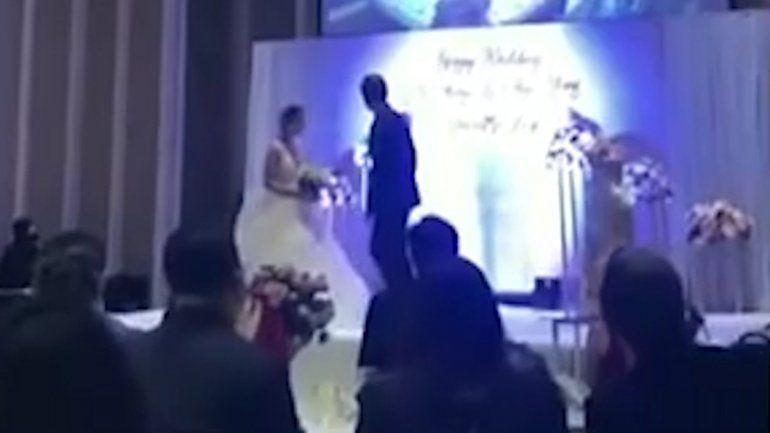 Grabó a su novia infiel y puso el video en la fiesta de casamiento