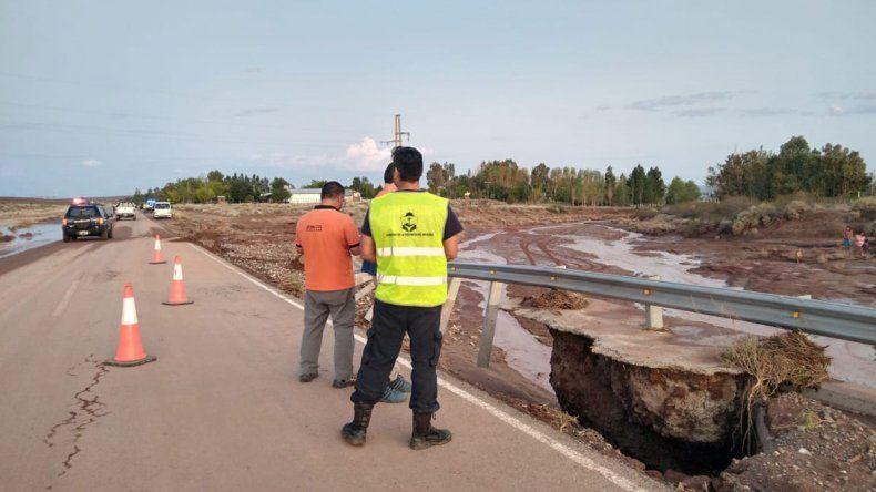 Tras el colapso por la lluvia, habilitaron la Ruta Nacional 237