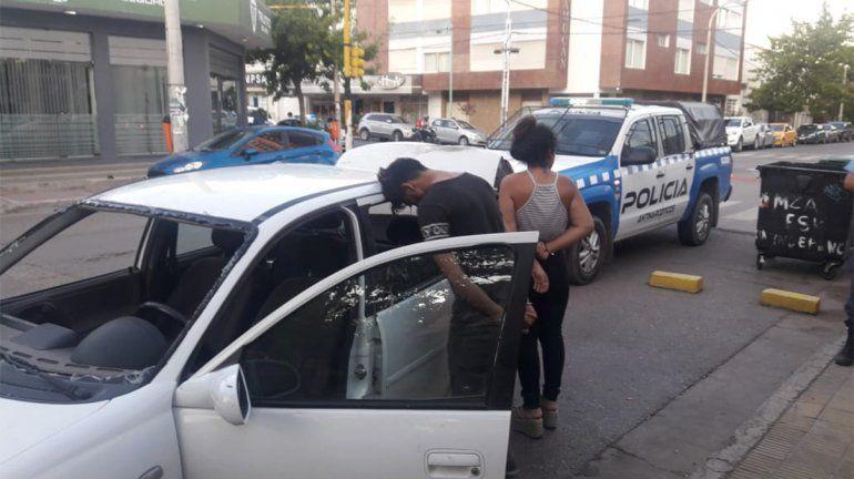 Otra vez los robarruedas: atacaron en el centro, quisieron escapar y los atraparon a las pocas cuadras