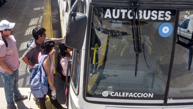 La Provincia congeló las tarifas del transporte por 120 días