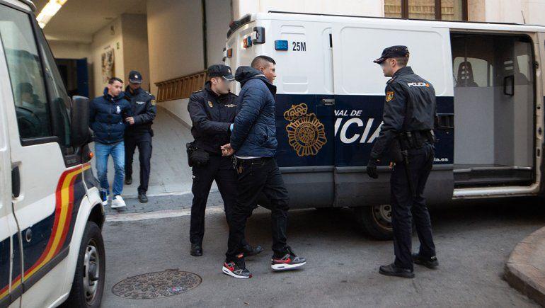 Polémica por violación en manada a tres turistas en España